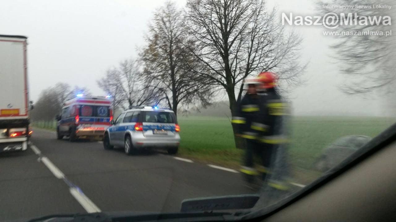 Wypadek w Woli Szydłowskiej. Trzy osoby poszkodowane. ZDJĘCIA