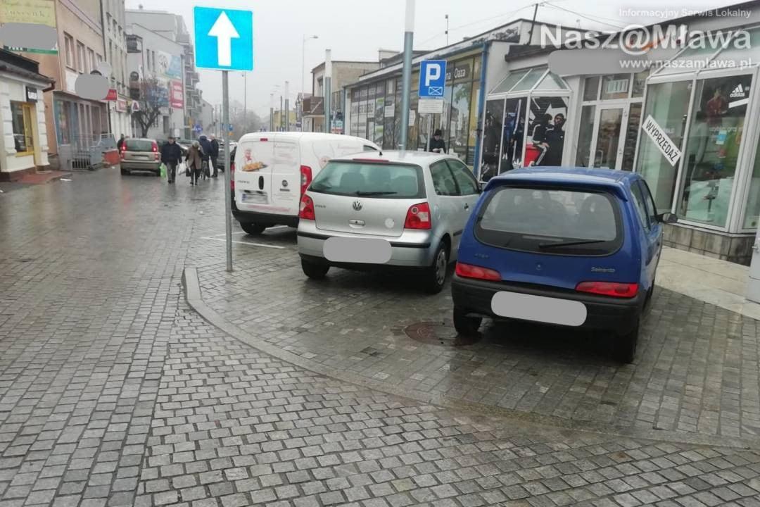 Bezwzględne kary za złe parkowanie w Mławie. Już robią zdjęcia