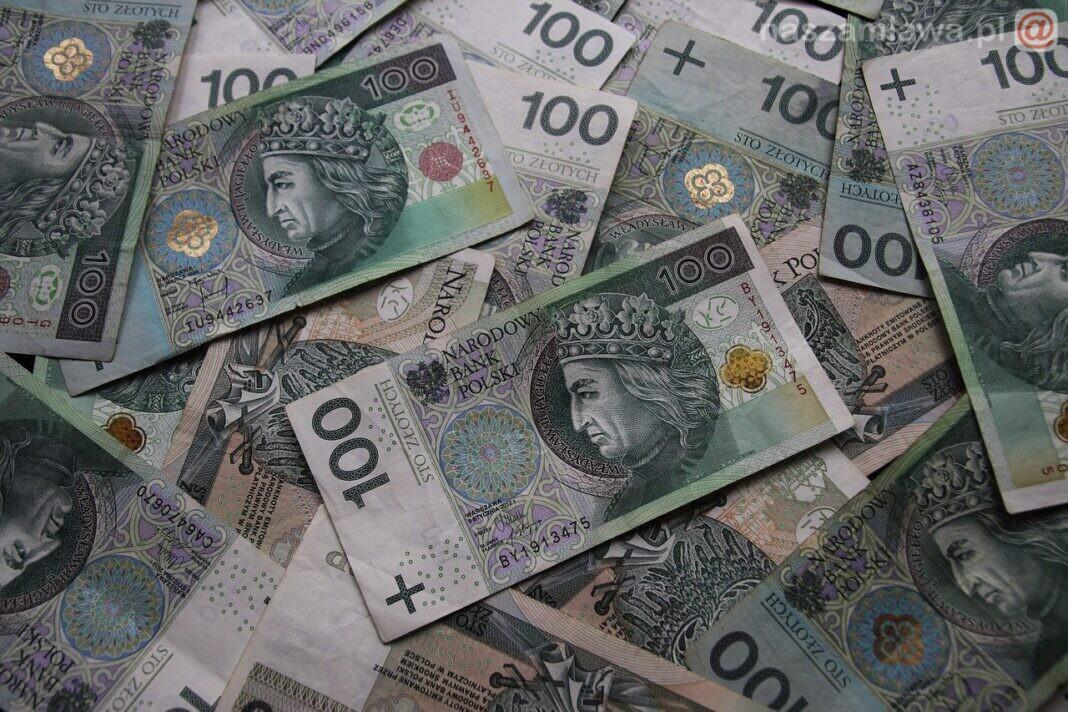 Banknoty 100 złotowe