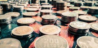 Monety w rzędach