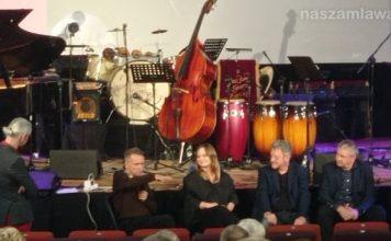 Artyści na scenie MDK w w Mławie podczas Victor Young Jazz Festival