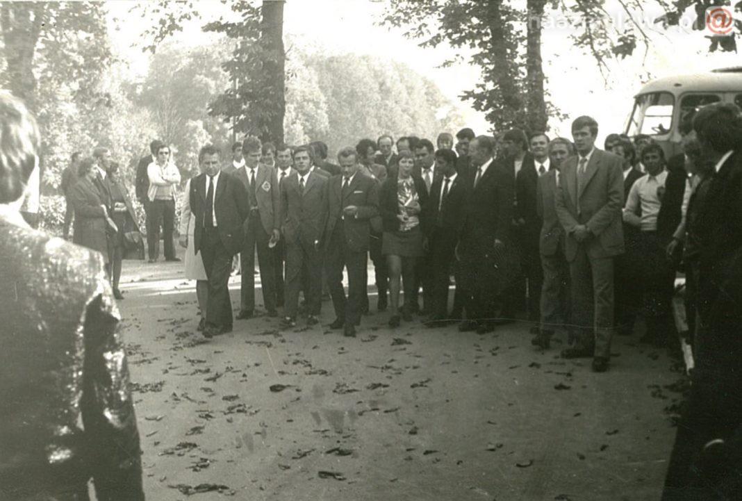uczestnicy zjazdu rolników w PRL