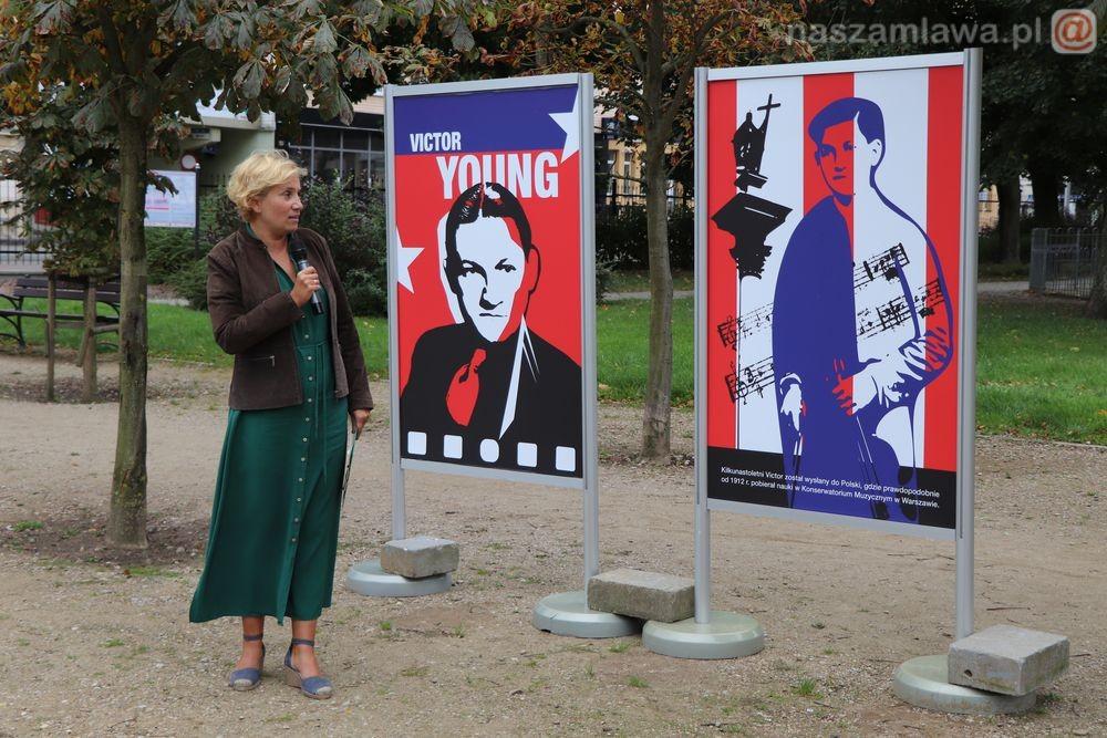 Wystawa w parku w Mławie